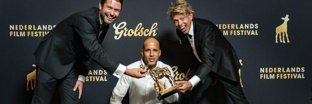 Nederland, Utrecht, 02 October 2020. Het Nederlands Film Festival 2020. Grolsch Gouden Kalveren Gala. Winnaar Beste film Der-Jan Warrink, Kaji Nelissen, eché Janga. Foto: © 2020, Joke Schut / www.jokeschut.nl